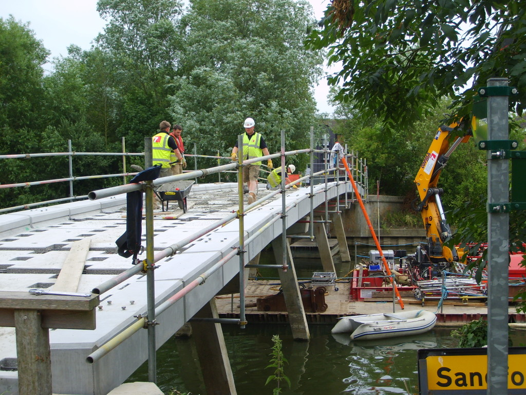 Picture of the Sandford Bridge being built